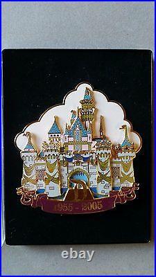 Disneyland DLR 50th Anniversary Pin Cast Exclusive Jumbo Jeweled PinPics40074